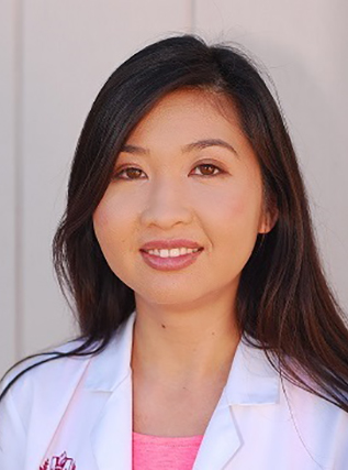 a headshot photo of AIVI PHUNG, a physician's assistant at Marque Medical